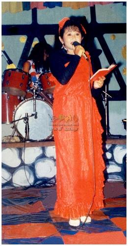 Bidyarani Laishram (o) - Singer